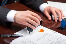 Công chứng hợp đồng chuyển nhượng nhà đất